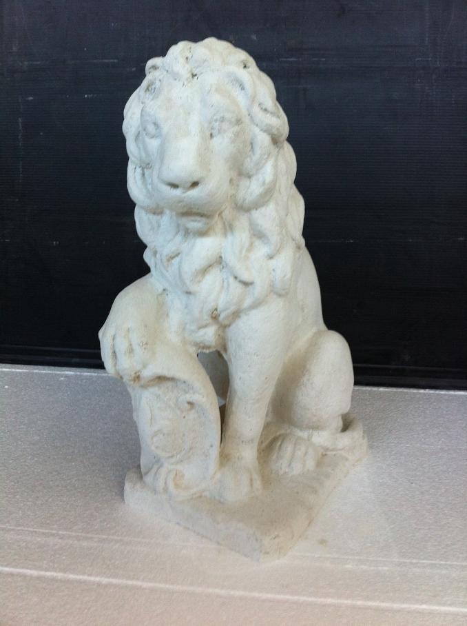 Produzione e vendita di statue in cemento bianco e complementi d ...
